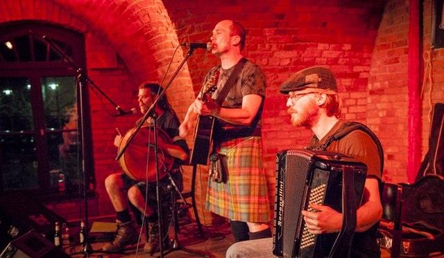 irish-folk-wenzel-632edit